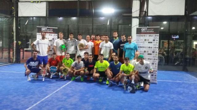 Jugadores participantes del Torneo Solidario Ilusión para Marta